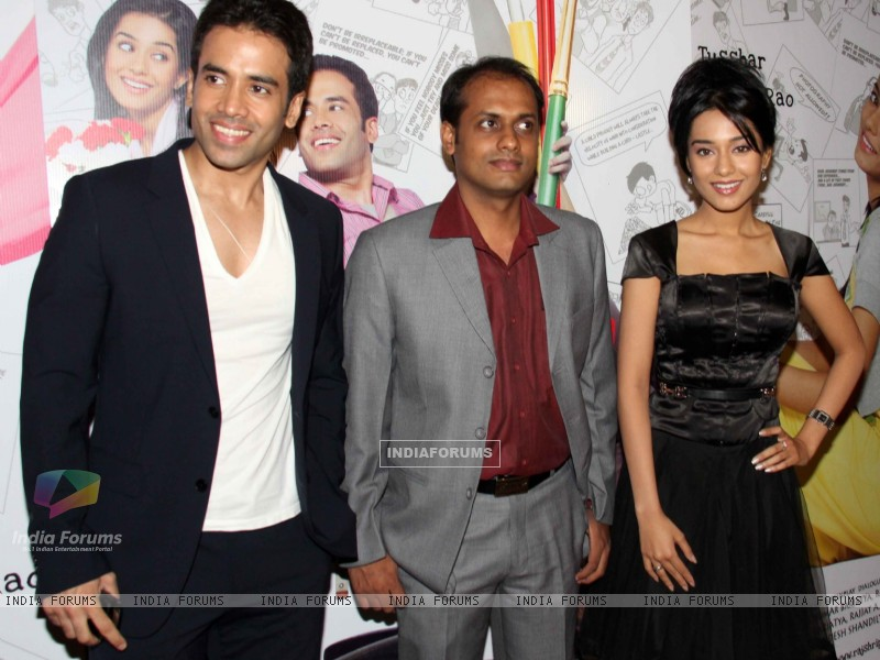 Tusshar Kapoor and Amrita Rao at 'Love U... Mr. Kalakaar!' movie screening (134375) size:800x600