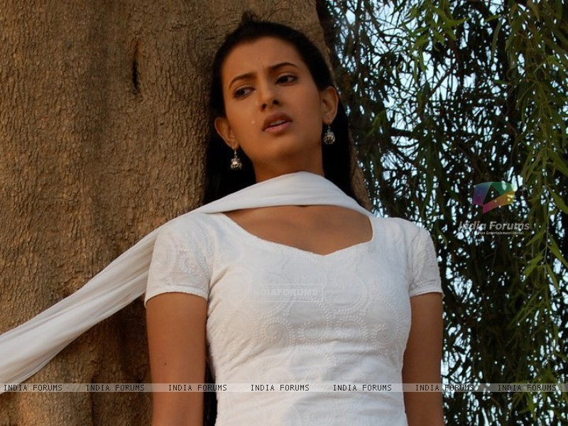 Additi Gupta as Heer in Kis Desh Mein Hai Mera Dil (147290) size:800x600
