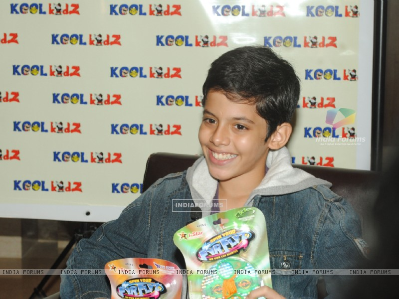 Darsheel Safary launches  FyrFlyz by Kool Kidz.  . (153801) size:800x600