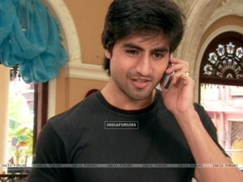 Harshad as Anurag Ganguly (165033) size:800x600