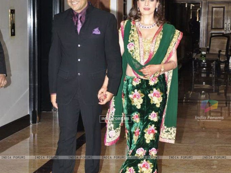 Sameer Soni and Neelam at their Wedding Reception (176859) size:800x600