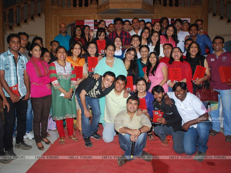 Rajan Shahi's get together on the sets of 'Ye Rishta Kya Kehlata Hai' on completion of 800 episodes & 3 Years of the show on Star Plus (179639) size:800x600