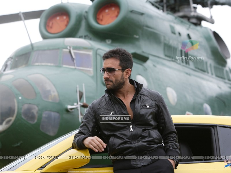 Saif Ali Khan in the movie Agent Vinod (181831) size:800x600