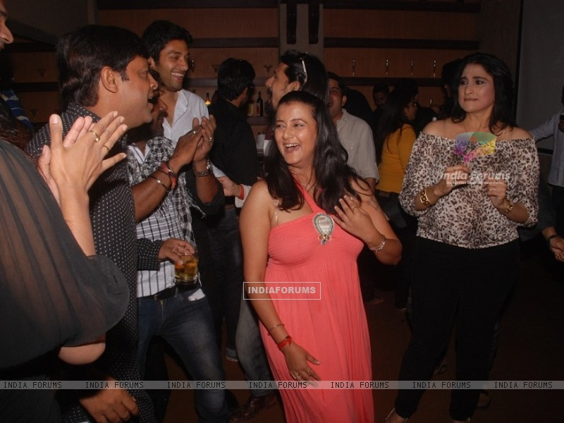 Smita Singh at Celebration of 100 episodes of Hitler Didi (191563) size:800x600