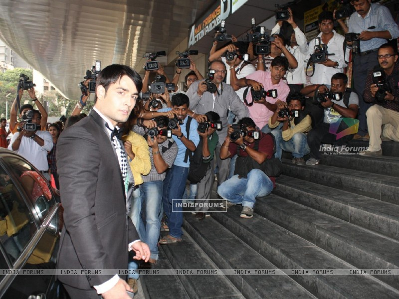 Vivian Dsena at COLORS Channel new show Madhubala...Ek Ishq, Ek Junoon premiere (199430) size:800x600