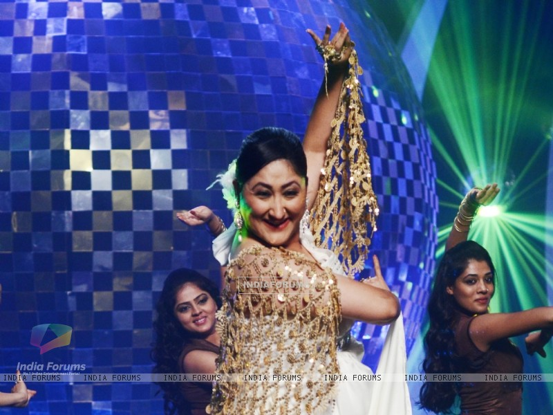 Jayati Bhatia at Jhalak Dikhhla Jaa 5 - Dancing with the stars (200680) size:800x600