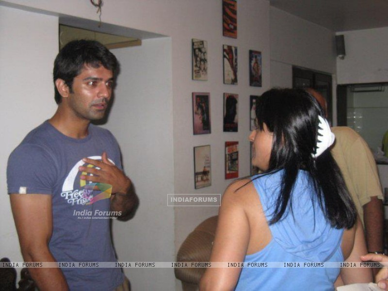 Barun at a party (204263) size:800x600