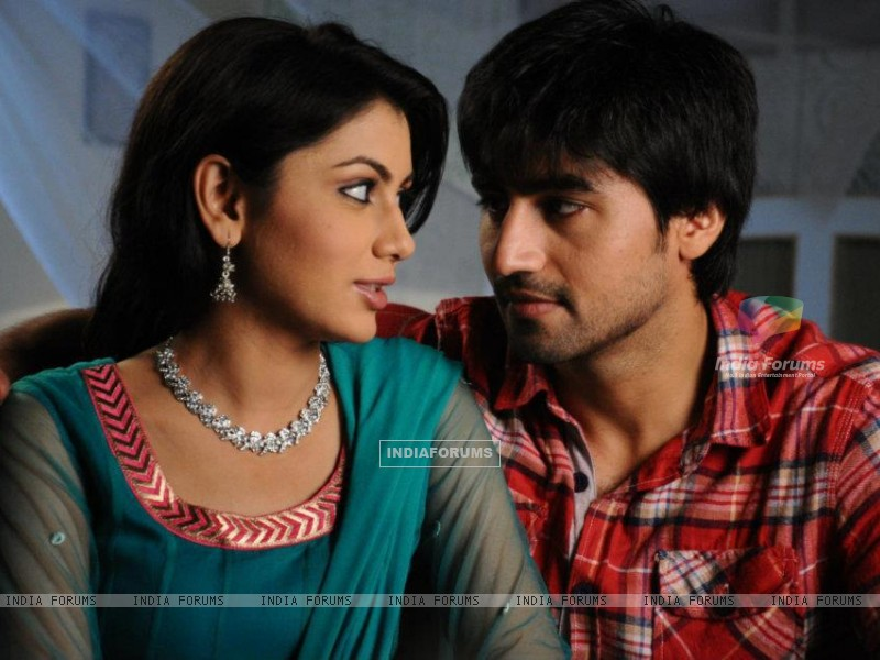 Sriti Jha and Harshad Chopra (209098) size:800x600