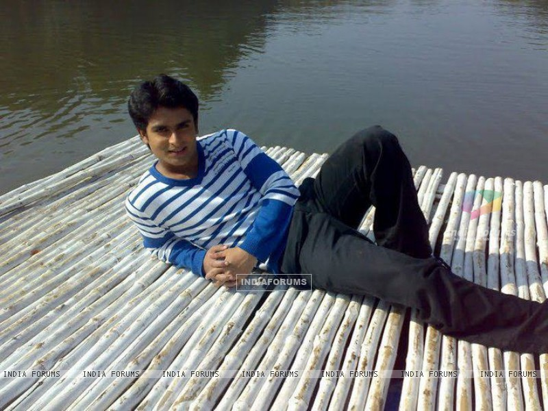 Shoaib Ibrahim at vacation (210843) size:800x600