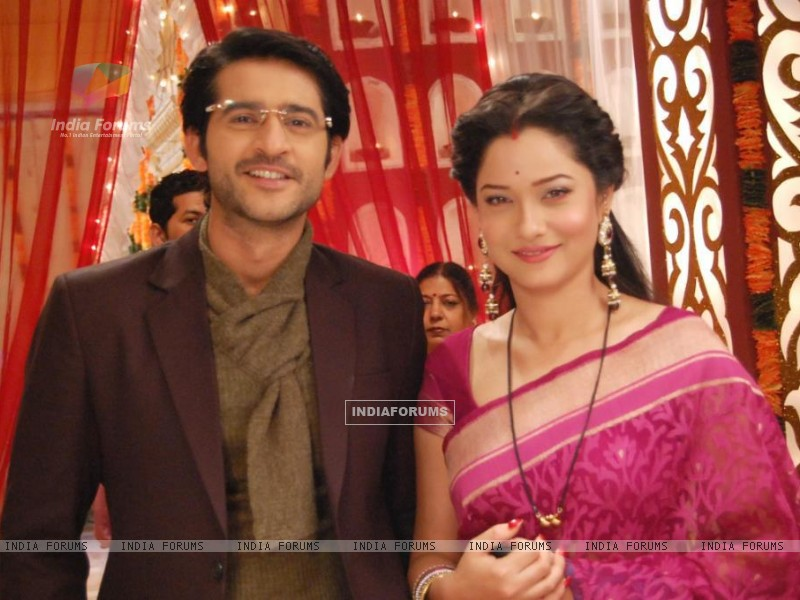 Ankita Lokhande And Hiten Tejwani On The Sets Of Pavitra Rishta (213459) size:800x600