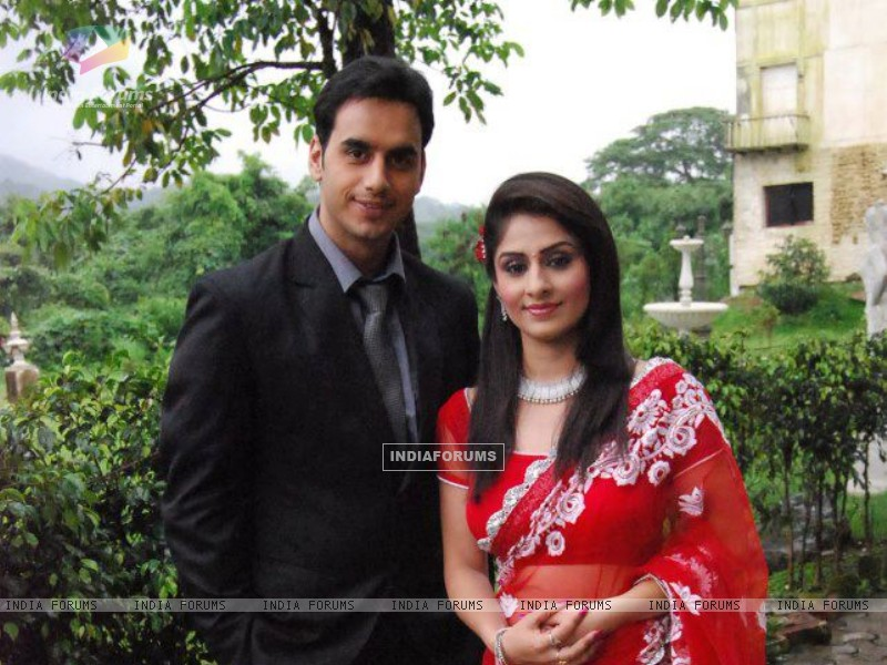 Ankita Sharma and Waseem Mushtaq (224671) size:800x600