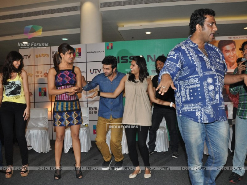 Ileana D'Cruz, Ranbir Kapoor, Priyanka Chopra, Anurag Basu at Film Barfi Promotion With R City Mall (224773) size:800x600
