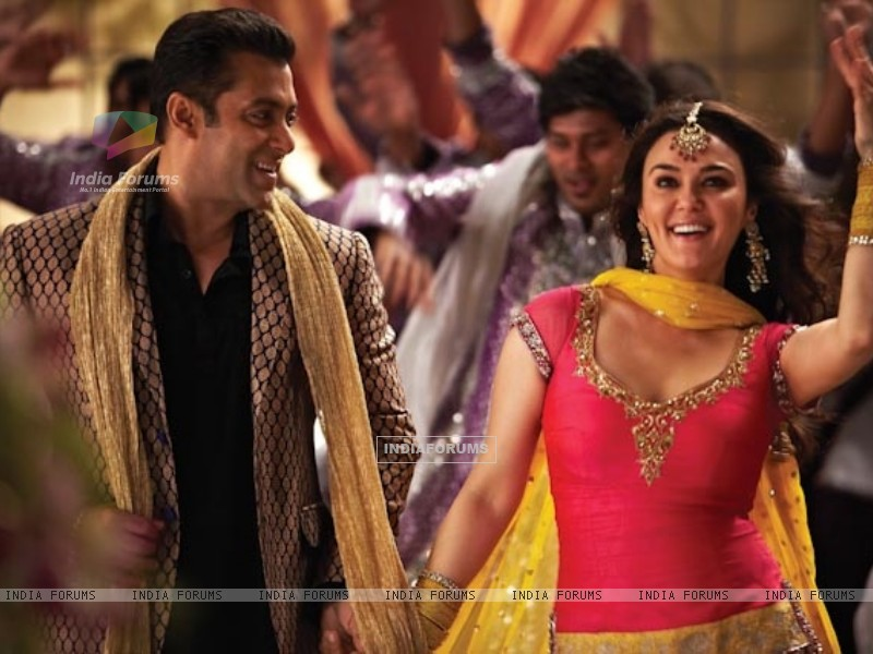 Preity Zinta and Salman Khan in Ishkq In Paris (224984) size:800x600