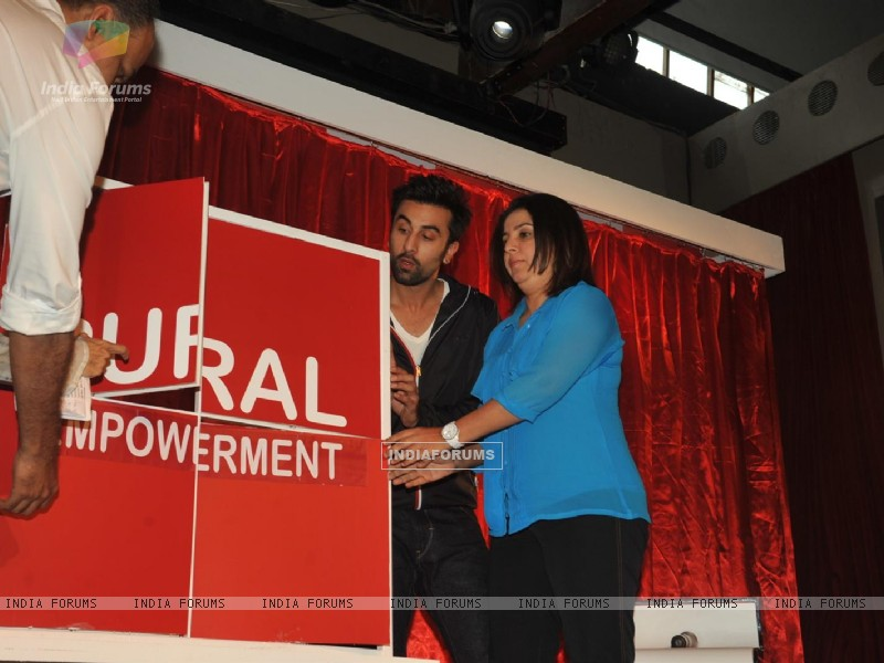 Ranbir Kapoor & Farah Khan unveiled and supported for Swades Foundation (232248) size:800x600