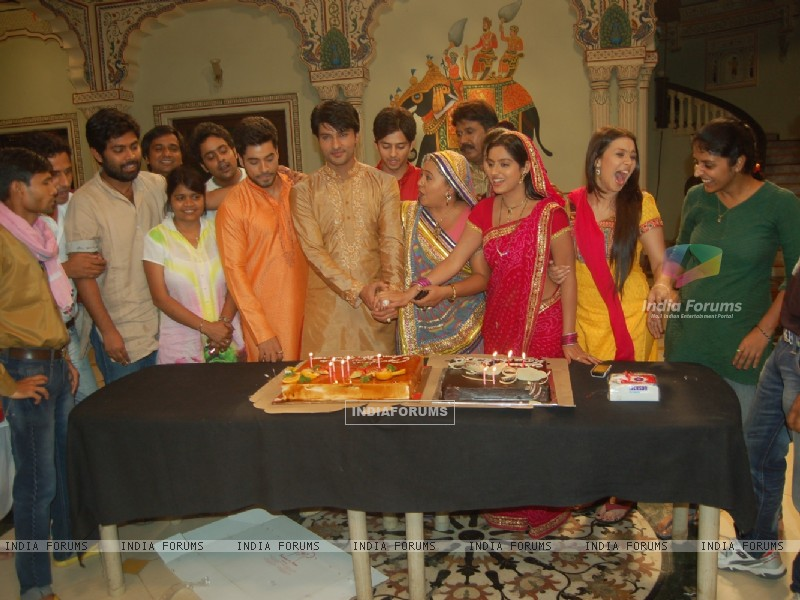 300th episode celebration (233242) size:800x600