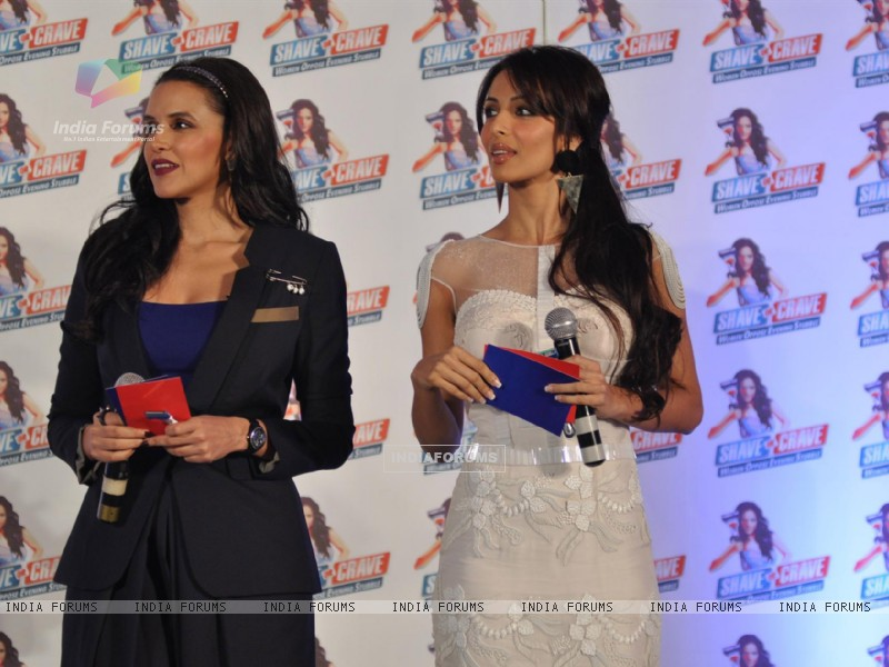 Neha Dhupia and Malaika Arora Khan at Gillette 'Shave or Crave' event (238210) size:800x600