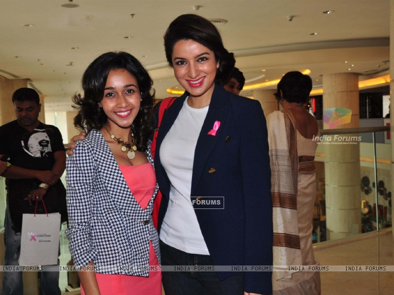 Tisca Chopra at the felicitation ceremony of Breast Cancer Patients at the iDiva Heroes Project function (239046) size:800x600