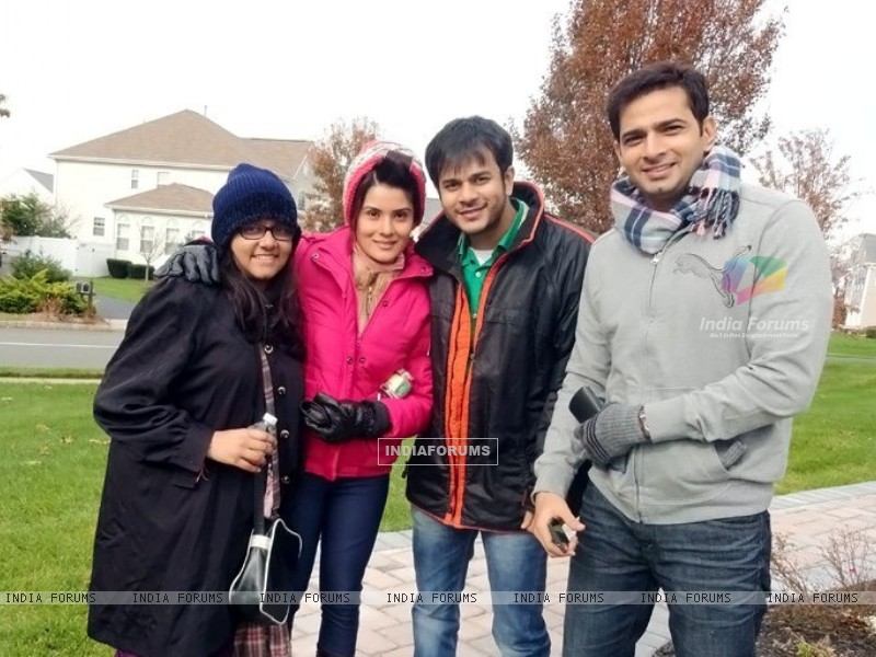 Jay and Shamin in USA (259549) size:800x600