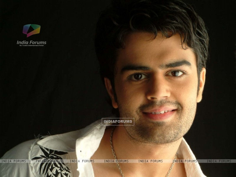 Manish Paul (30560) size:800x600