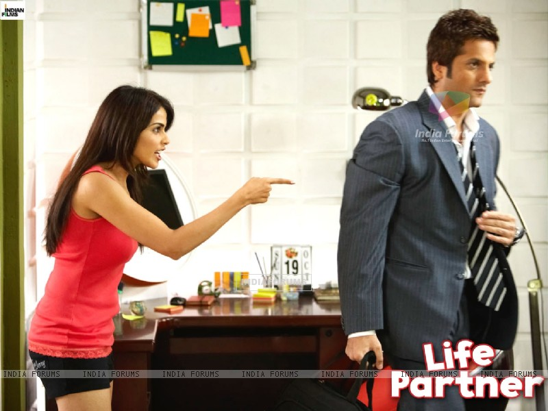 Life Partner wallpaper starring Fardeen and Genelia - Wallpaper