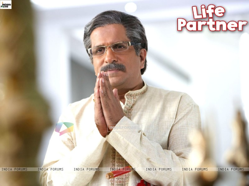 Wallpaper of Darshan Jariwala from Life Partner movie (31444) size:800x600