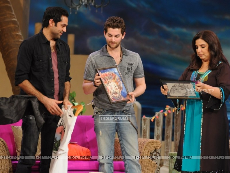 Neil Nitin Mukesh and Abhay Deol with Farah Khan (38537) size:800x600