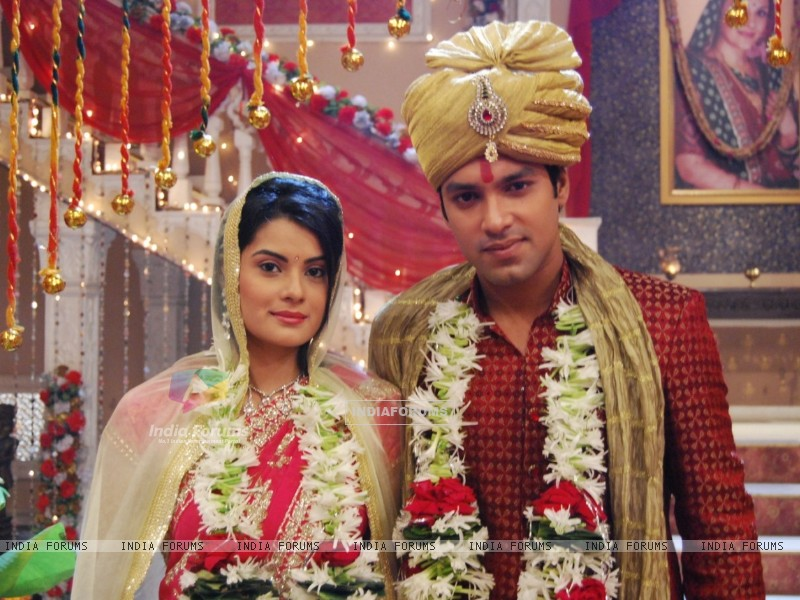 Arjun and Lolita wedding picture (39572) size:800x600