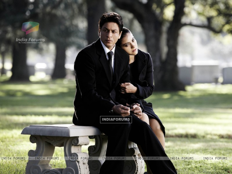 Shahrukh and Kajol in deep thought (40298) size:800x600