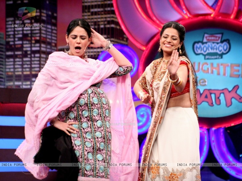 Mona Singh in the show Laughter Ke Phatke (41412) size:800x600