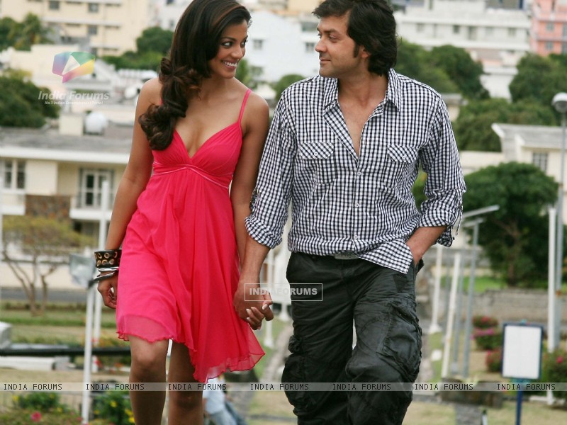 Still image of Bobby and Mugdha (92481) size:800x600