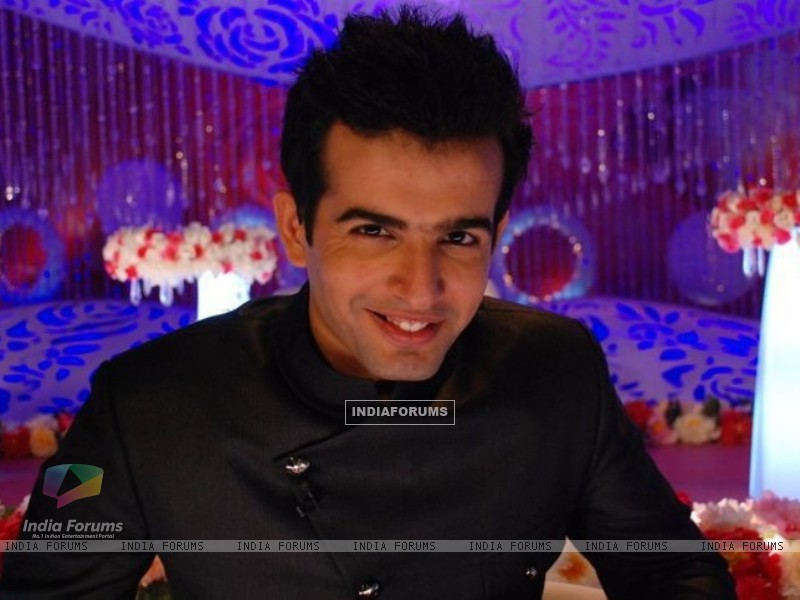Jay Bhanushali as a host (94070) size:800x600
