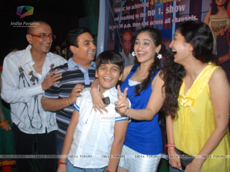 "Cast at ""Tarak mehta Ka Oolta Chasma"" Success Bash at Marimba ..."